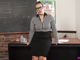 Nerdy chubby MILFie prof Ashley Commuter is eager up fingerfuck herself