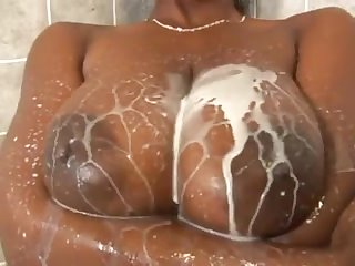 Pipe chaude, gros seins clip adulte