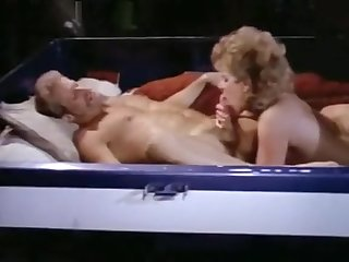 Hyapatia Lee & Nina Hartley - Virile