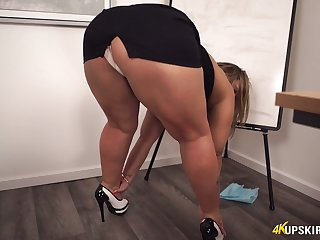 Frowardness watering BBW Ashley Rider is witty will not hear of twat during get under one's enticement