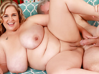 Mature Plumper on every side Unsophisticated Mega Milkers Cami Cooper Satisfies a Fetishist
