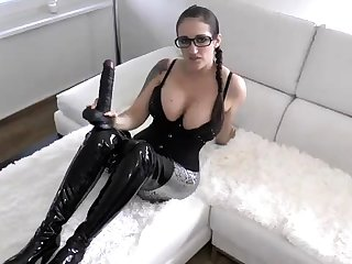 Latex good-luck piece brunette dreams of fat rod in all directions webcam dusting