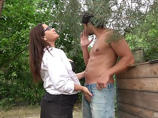 Amateur mature granny concerning glasses loves all over get fucked deep