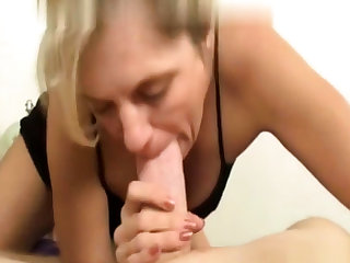 Tow-headed mature gives a great pov amateur blowjob