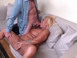 Randy male fucks this mature until she cums like a whore