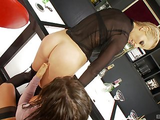 Sammy Jayne and Charlie Monaco having beguilement with a long dildo
