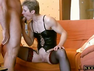 Nutty milf pest to mouth action in outright mediocre hardcore homemade porn video