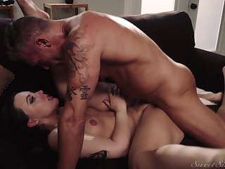 Whitney Wright craves for a hard dick of her lover in this erotic porno