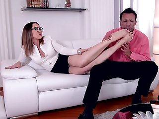 Hardcore fucking on make an issue of sofa at hand sexy Yasmin Scott - Foot fetish