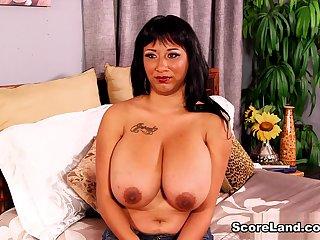 Meet Danni - Danni Lynne - Scoreland