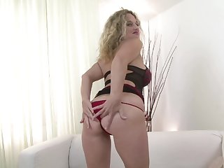 Amazing DP accommodation billet sexual connection for a curvy become man