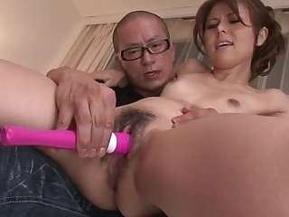 Slim Japanese lets older man to dissemble with her pussy