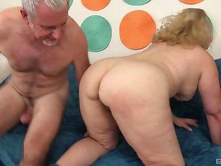 Amateur mature chubby blonde MILF Stunning Summer fucked missionary